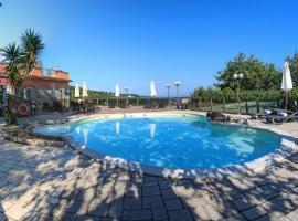Hotel Prestige, hotel near St.Francis Church and Convent, Sorrento