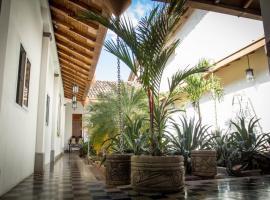 Casa Carina, homestay in Granada