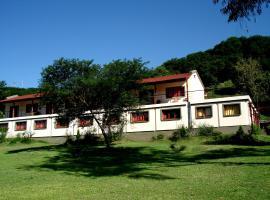 Pura Vida Hosteria, hotel en Reyes