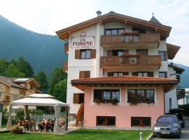Hotel Villa Fosine, hotel a Pinzolo
