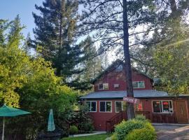 Yosemite Riverside Inn – hotel w mieście Buck Meadows