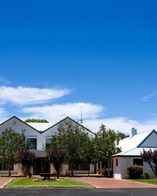 Fairlawn Estate