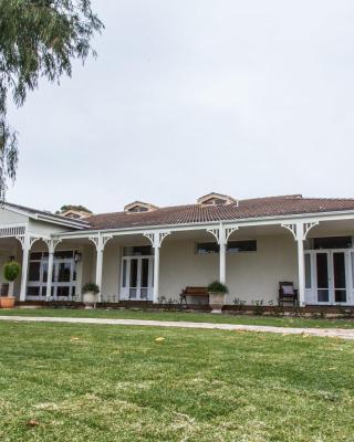 Winniston Lodge Luxury Accommodation