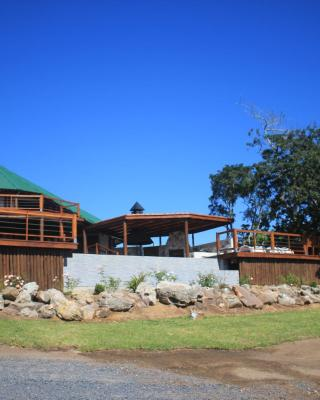Silverstreams Lodge and Cottage