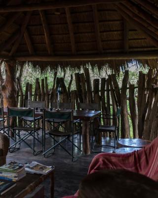 Quatermain's 1920's Safari Camp – Amakhala Game Reserve