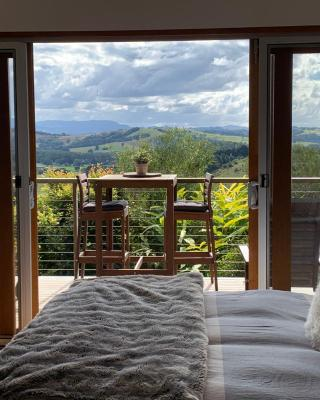 Studio with stunning mountain views