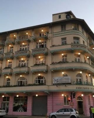 Halo Hybrid Hotel