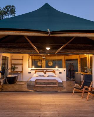 Sasi Bush Lodge Luxury All- Inclusive Tented Camp