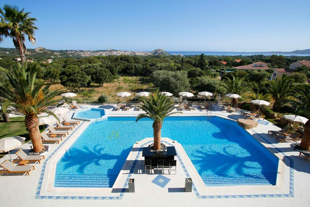 A view of the pool at Hotel Corsica & Spa or nearby