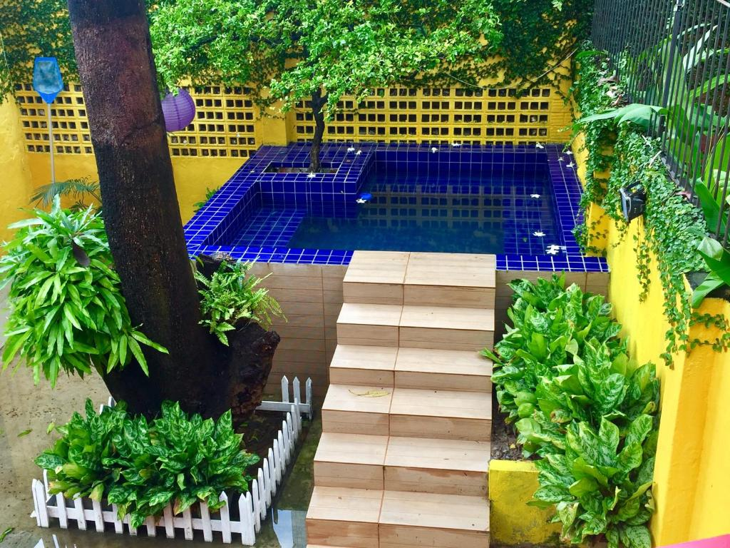 The swimming pool at or close to Cosmopolitan Hostel