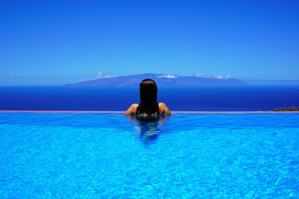 The swimming pool at or near Finca Stemann