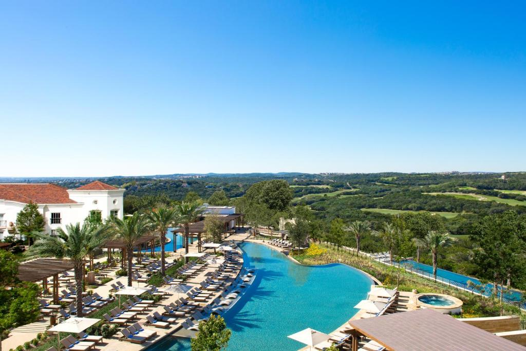 A view of the pool at La Cantera Resort & Spa or nearby
