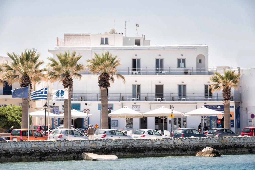 Hotel Oasis Parikia, Greece