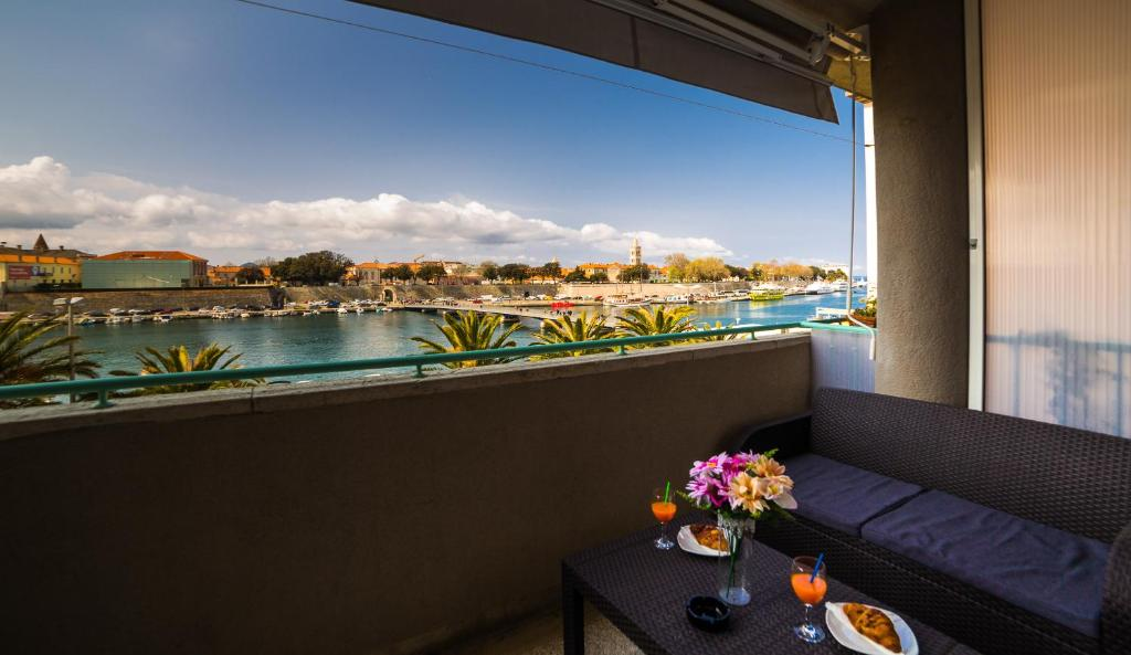 A balcony or terrace at Apartment Big Look