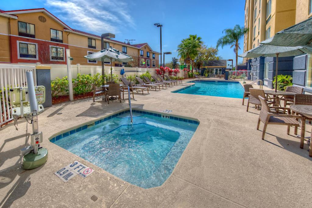 The swimming pool at or near Fairfield Inn and Suites by Marriott Orlando Near Universal Orlando