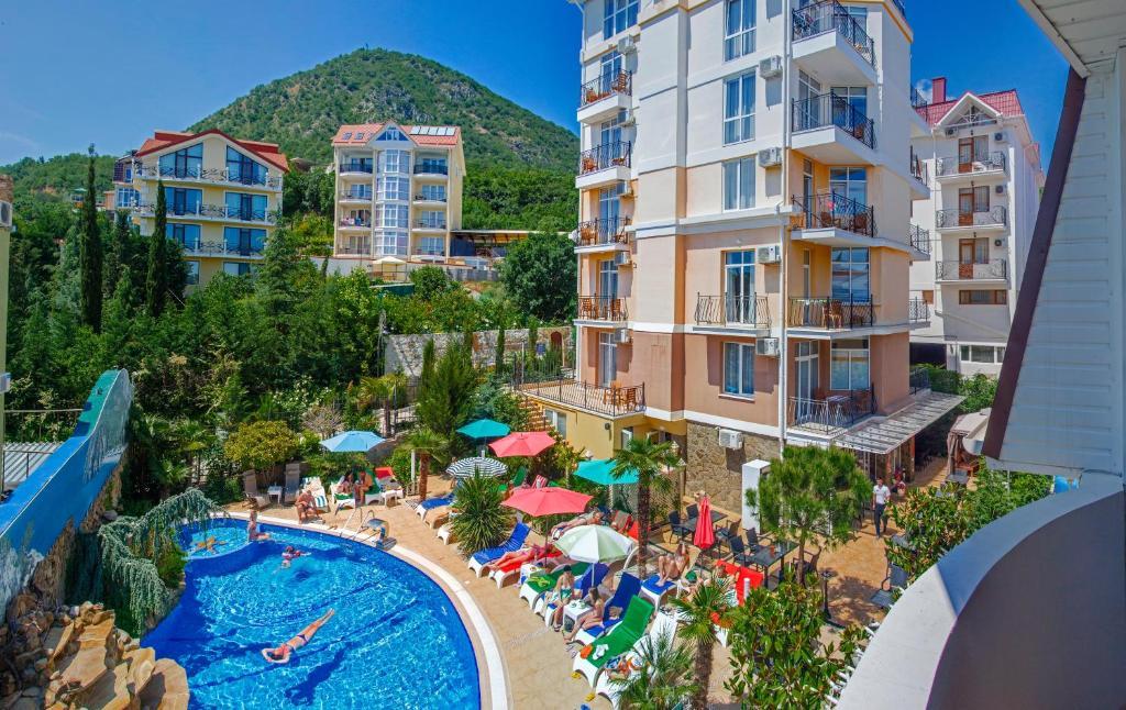 Вид на бассейн в Вилла Валентина или окрестностях