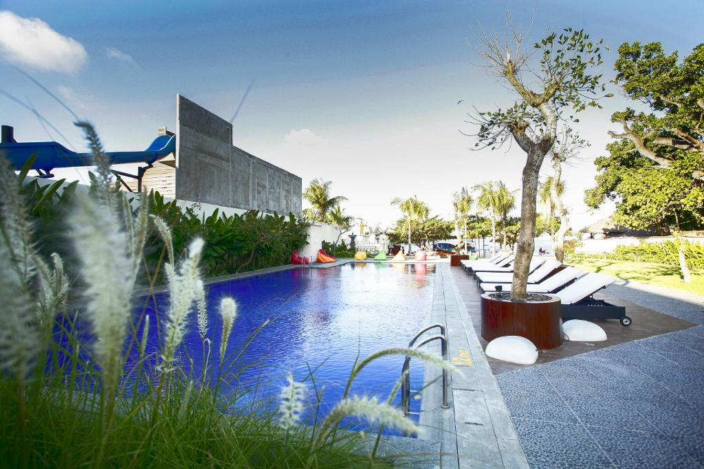 The swimming pool at or close to Benoa Sea Suites and Villas