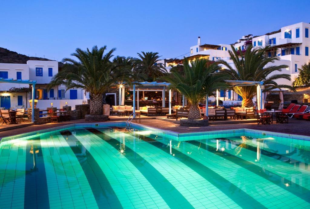 Πισίνα στο ή κοντά στο Ξενοδοχείο Αλέξανδρος