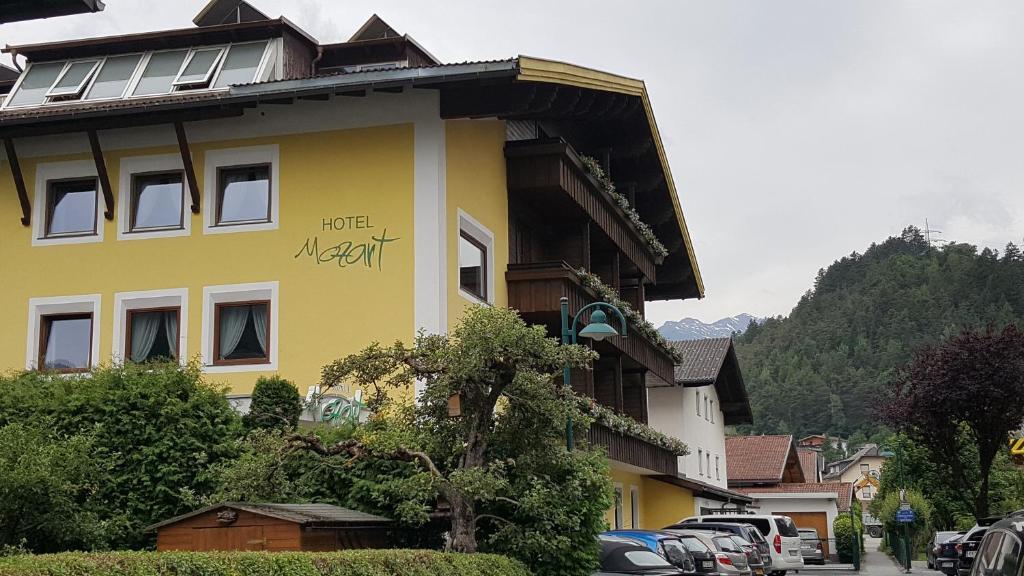 Heftige Unwetter verwüsten Österreich