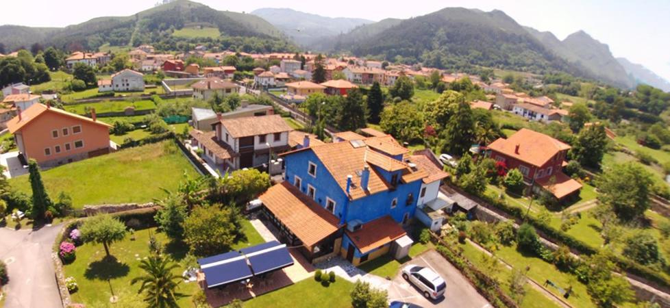 A bird's-eye view of Hotel La Casona de Nueva
