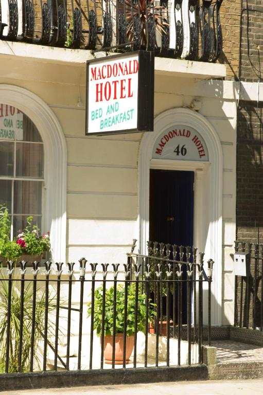 Macdonald Hotel - Laterooms