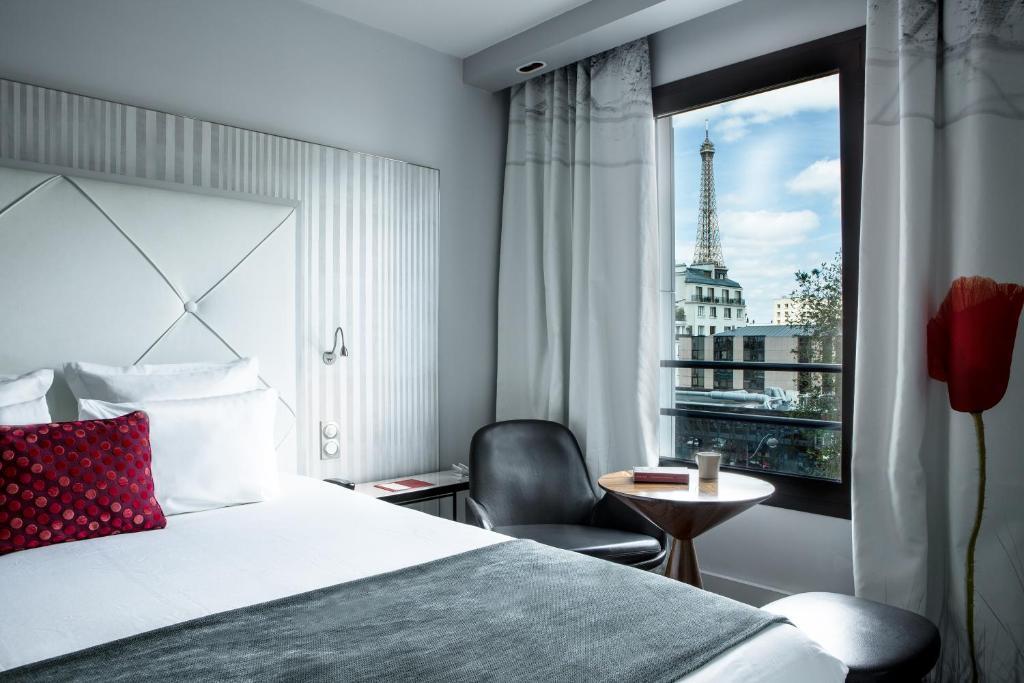 Ramada Paris Tour Eiffel - Laterooms