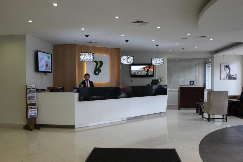 The lobby or reception area at Hotel Diego de Almagro Temuco