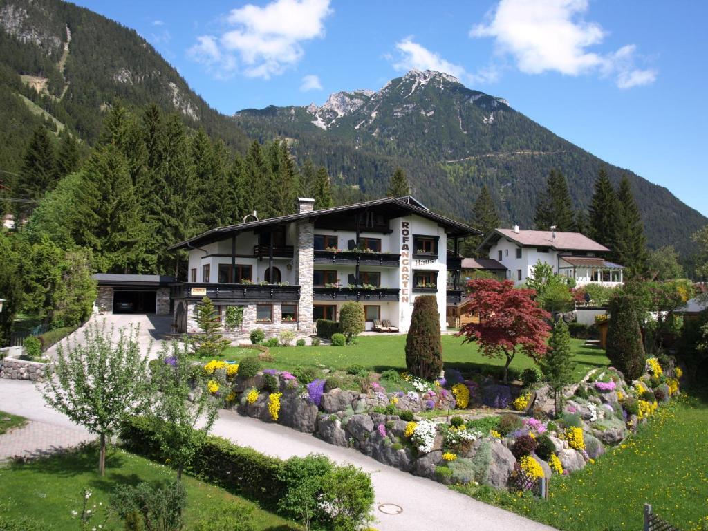 Fruhstuckspension Rofangarten Maurach, Austria
