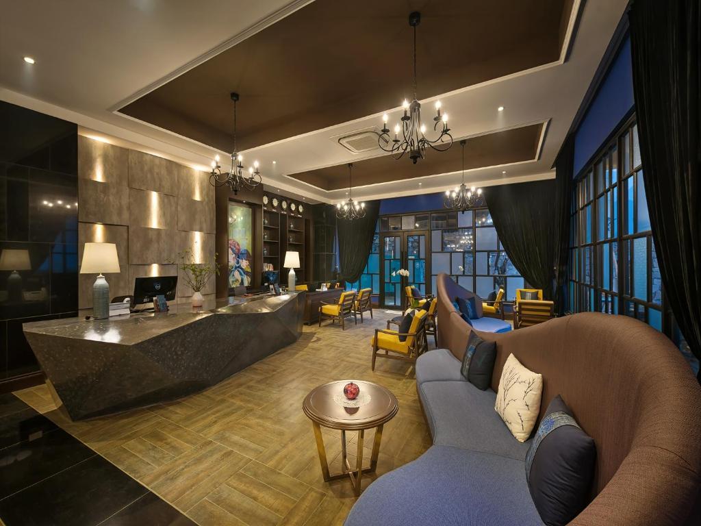 The lounge or bar area at Aira Boutique Sapa Hotel & Spa