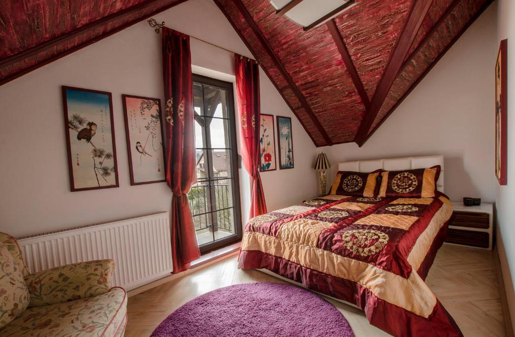 Łóżko lub łóżka w pokoju w obiekcie All World in Gdynia