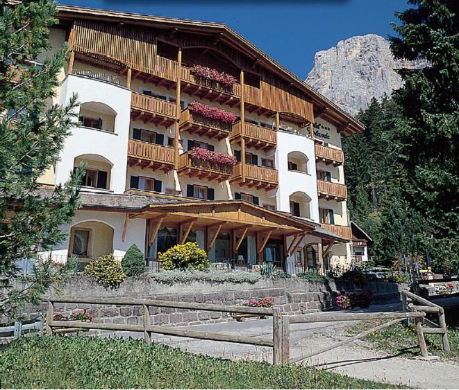 Hotel Jolanda San Martino di Castrozza, Italy