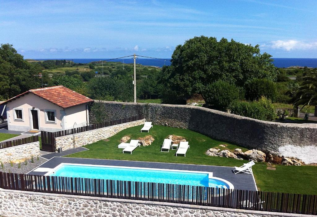 Vista de la piscina de Hotel Villa Marrón o alrededores