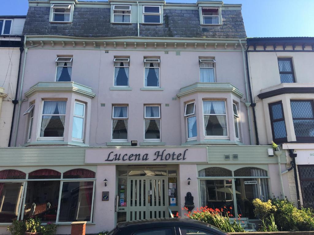 Lucena Hotel - Laterooms