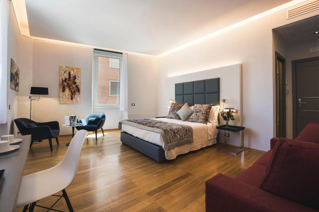 Pope's Suites - Laterooms