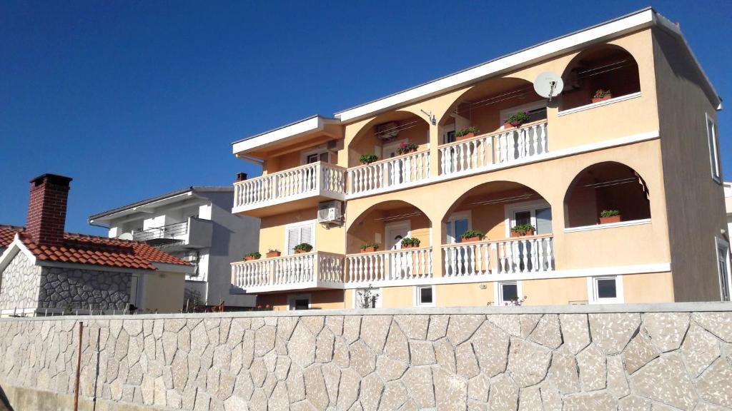 Apartment in Rtina/Zadar Riviera 8161