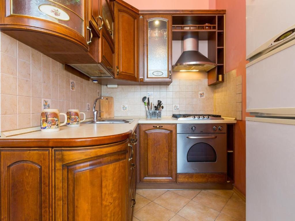Кухня или мини-кухня в Dorogomilovskya 11