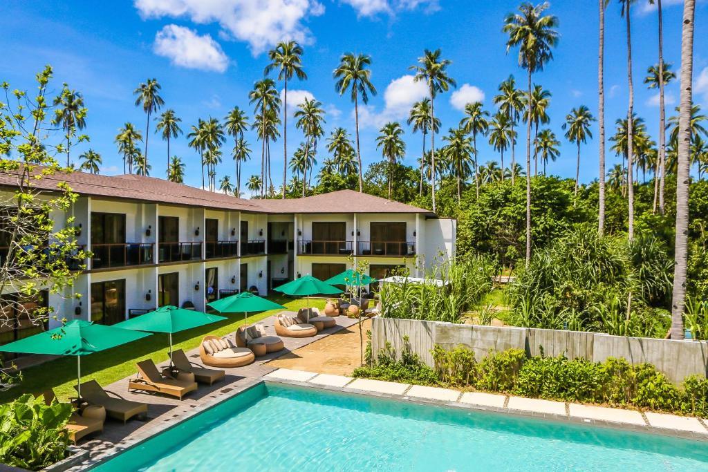 The swimming pool at or near Casa Kalaw