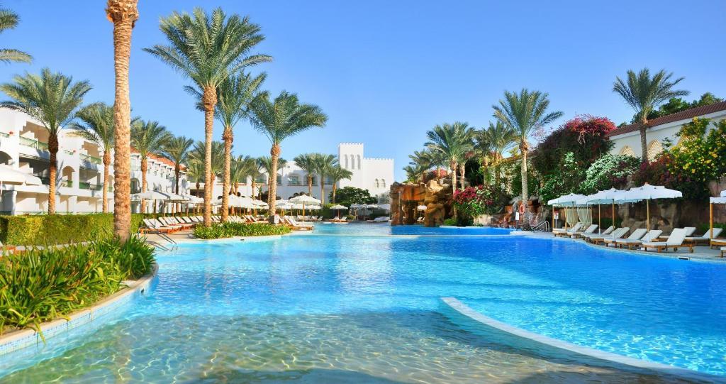 Het zwembad bij of vlak bij Baron Palms Resort Sharm El Sheikh (Adults Only)