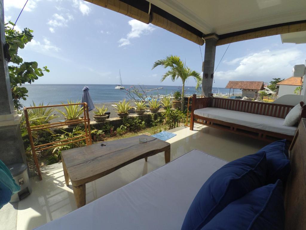 Balcon ou terrasse dans l'établissement The BBQ Guest House