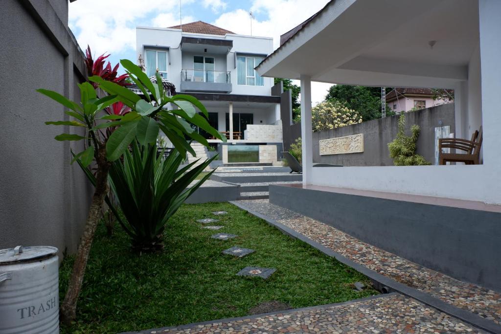 Villa Gunung Catur