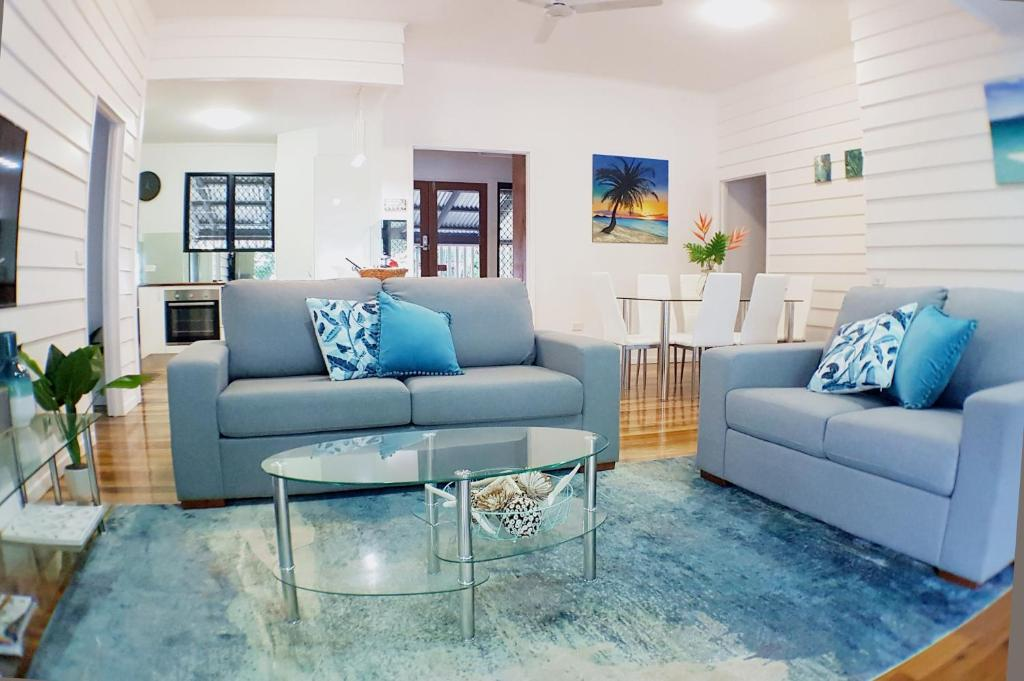A seating area at Great Northern Beach House