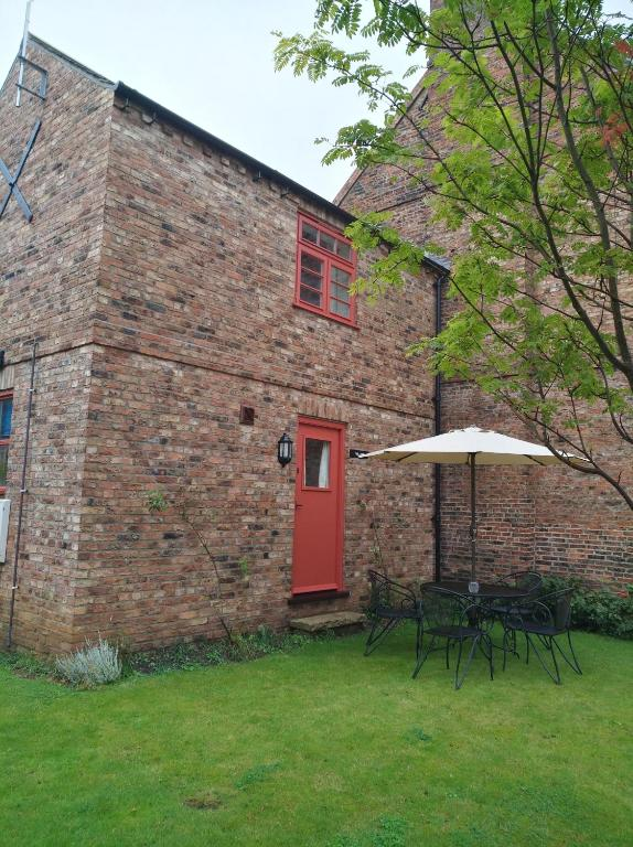 C Farmhouse Accommodation in Alne, North Yorkshire, England