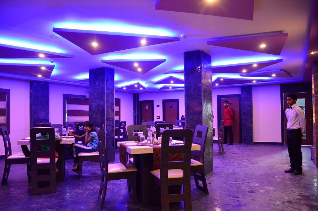 Restaurant o iba pang lugar na makakainan sa The Dolphin Palace