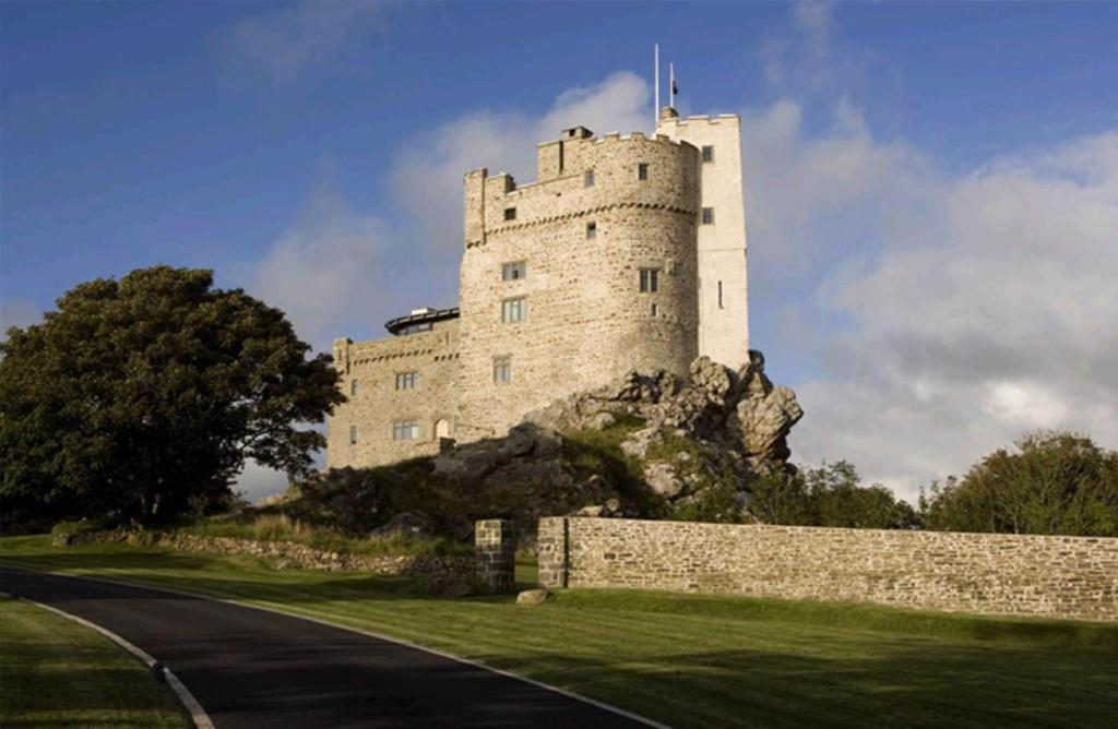 Roch Castle - Laterooms