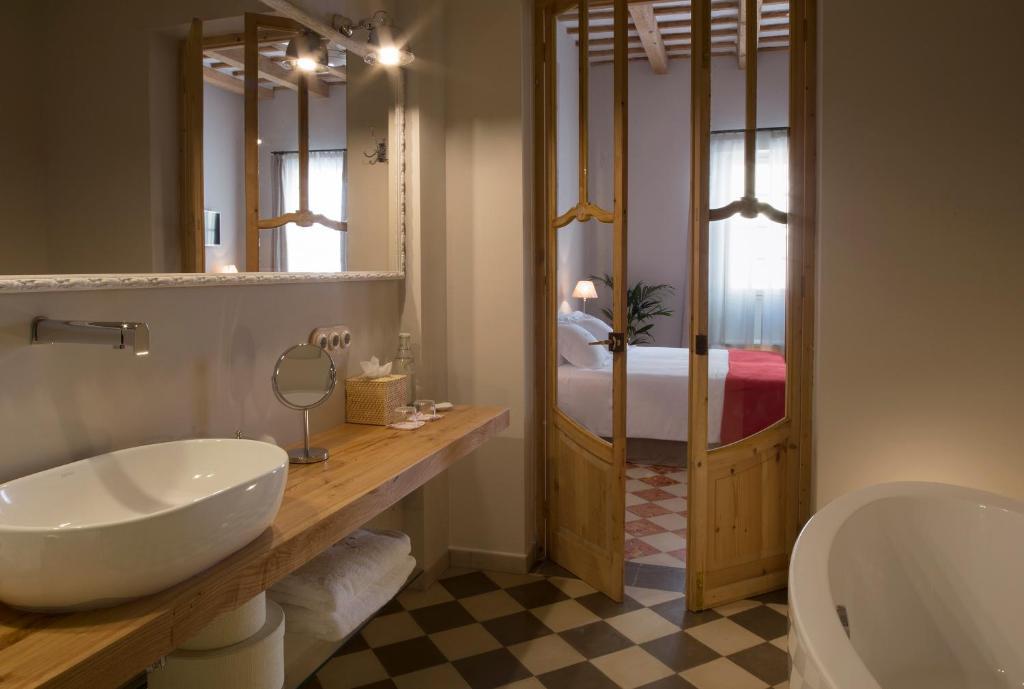 hoteles con encanto en mahón  20