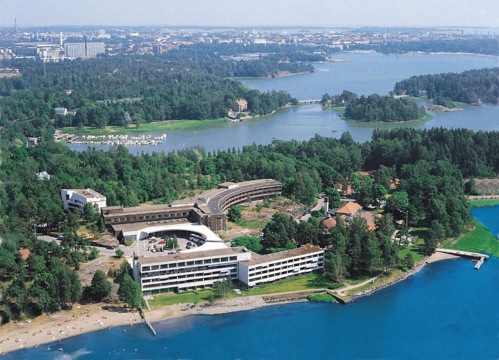 A bird's-eye view of Hilton Helsinki Kalastajatorppa