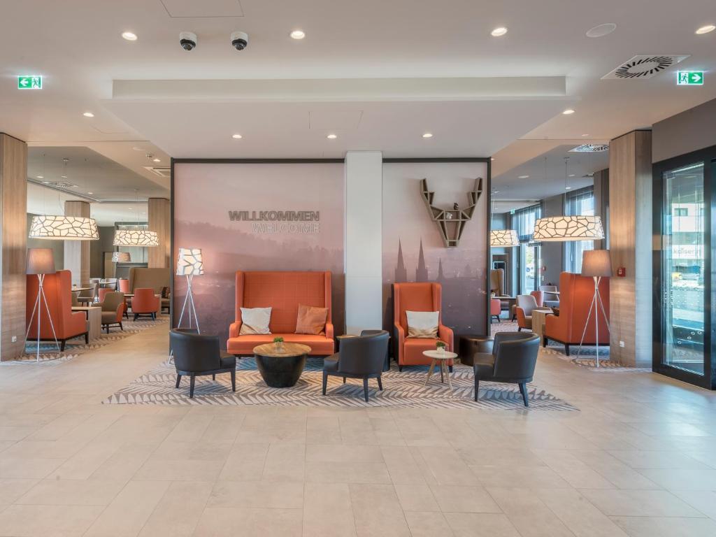 The lobby or reception area at Hampton By Hilton Freiburg