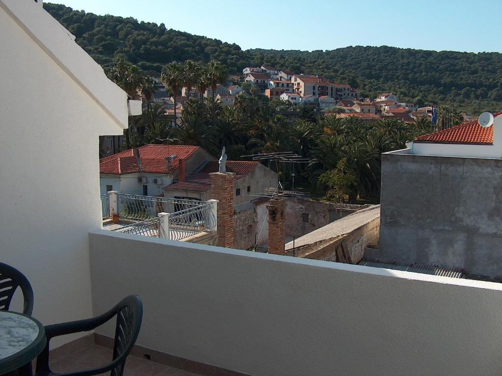 Balcone o terrazza di Apartments and Rooms Dis