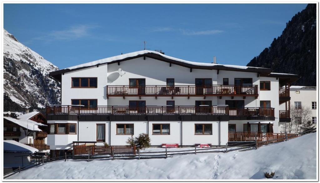 Haus Soldanella during the winter