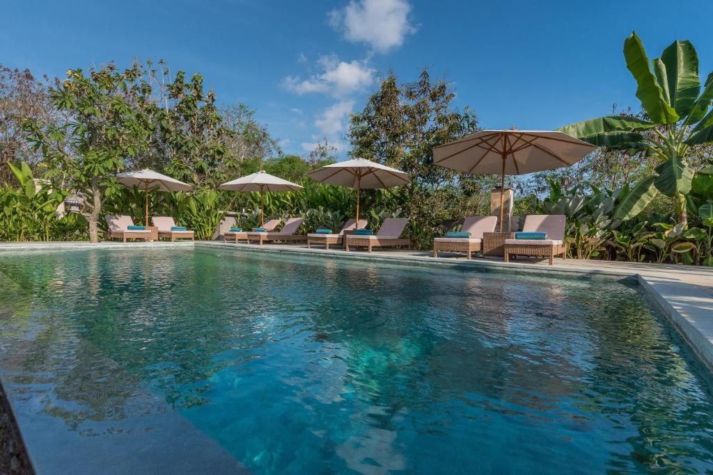 Der Swimmingpool an oder in der Nähe von Royal Retreat Villa's Lembongan